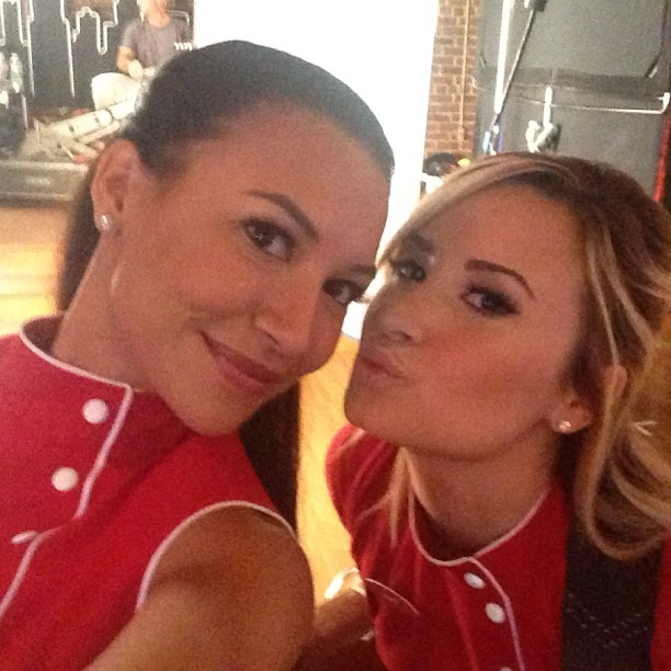Naya Rivera and Demi Lovato on the Set of Glee