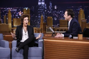 Kristen Wiig Impersonates (Sort of) Harry Styles on the Tonight Show