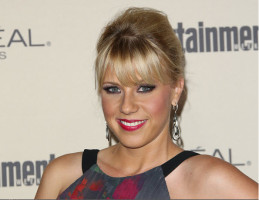 Fuller House Star Jodie Sweetin Reportedly Set for DWTS 22
